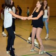 Tanzschule auf Rollschuhen