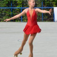 Henrike – Lady In Red