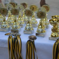gleich werden die Pokale und Medaillen verteilt