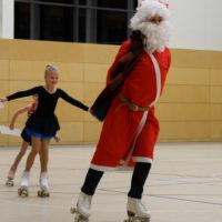 Weihnachtsmann voran